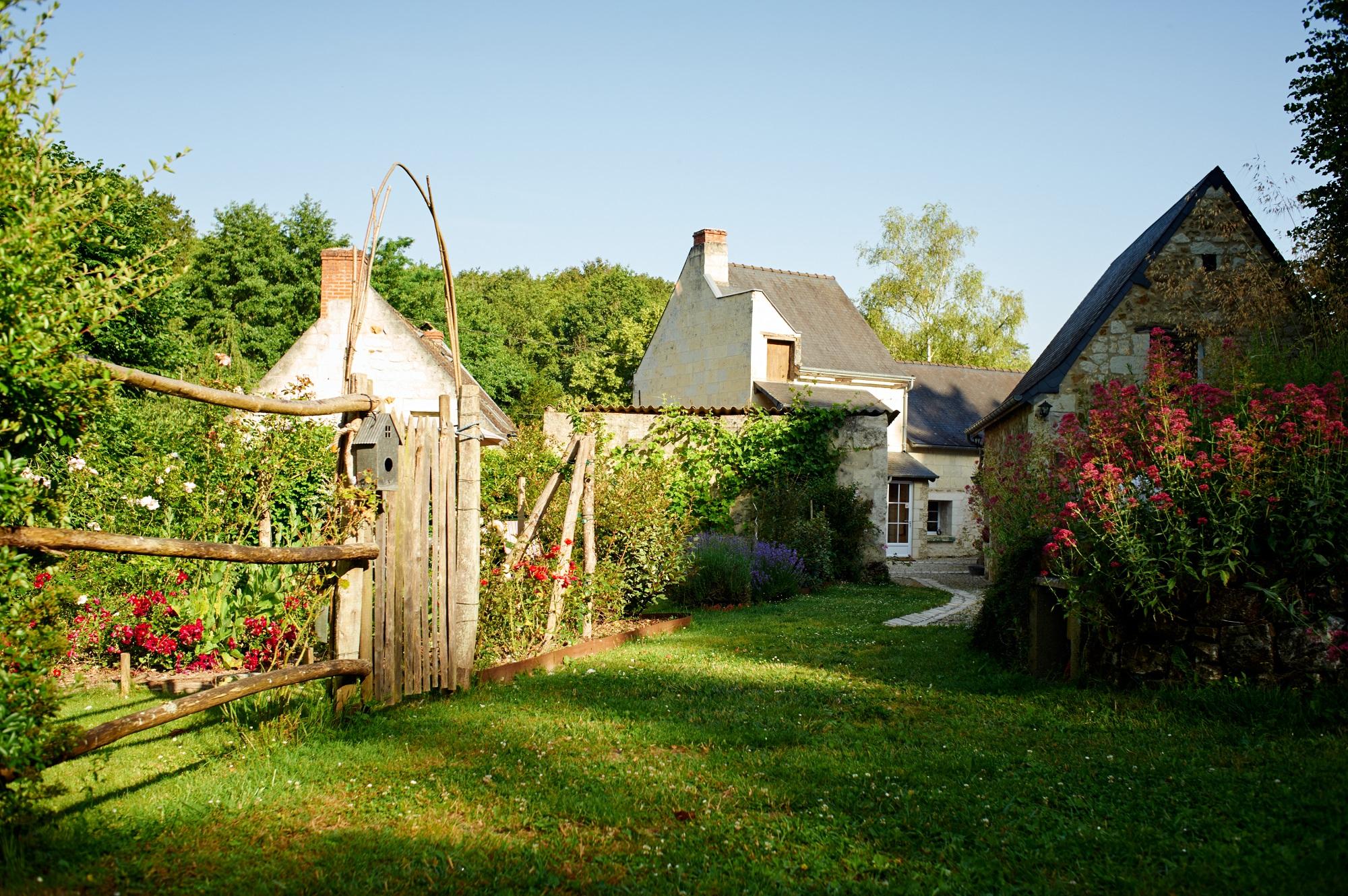 Jardin extérieur de la juranvillerie